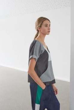Boxy open back grid top