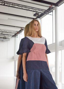 Frill sleeve grid | railroad stripe top
